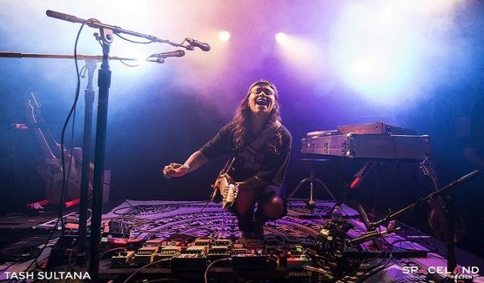 Tash Sultana at Murat Egyptian Room